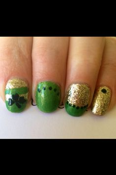 #NailbymeTamjp St. Patrick's Day Nails Using Sally Hansen CSM Wedding Glitters, Golden Rule, Summer-lime and On Pines and Needles.