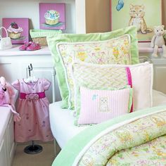 Classic Cupcake Party Bedding from PoshTots