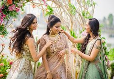 'Me & My Besties' - A Bridesmaids Photoshoot by ZoWed! Bridesmaid Poses, Wedding Bridesmaids, Bridesmaid Dresses, Prom Dresses, Formal Dresses, Lucky Girl, Friend Wedding, Wedding Outfits, Wedding Dresses