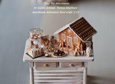:: Crafty :: Clay ::☃ Christmas ☃:: tiny miniature Christmas tablescape