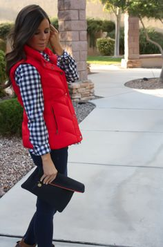blue vest and a yellow plaid shirt to make my version of this cute ensemble! Fall Winter Outfits, Autumn Winter Fashion, Fall Fashion, Winter Wear, Look 2018, Red Vest, Plaid Vest, Casual Outfits, Cute Outfits