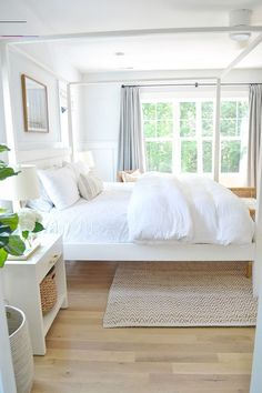 #interiordesignbedroom Interior Design Minimalist, Minimalist Bedroom, Home Interior Design, White House Interior, Design Homes, Minimalist Living, Interior Ideas, Interior Colors, Minimalist Home Decor