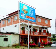 Hospedaje en Olón pachoshouse.com #Travel #PlayasEcuador #beachlife #tropical #tourism