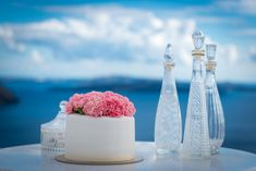 the perfect place to enjoy your wedding cake!! #marriage #island #santorini #wedding #planner #flowers
