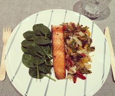 LUNCH -  Salmon soy sauce  mixed veggies [red green and yellow capsicum and mushrooms]  baby spinach leaves  white cabbage #fitnessmotivation #fitspiration #fitness #fit #bbgfam #bbg #bbgfam #bbggirls #bbgsisters #bbgprogress #kaylasarmy #kaylaitsines #kaylamovement #thekaylamovement #thekaylamovement #kaylamovement #fit #fitness #fitspiration #fitnessmotivation #fitlondoners by real_and_not_perfect