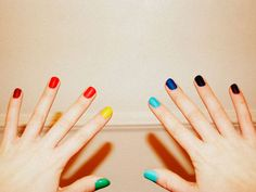 Different color nails on each finger. Super cute!