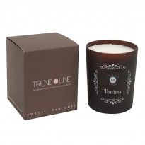Bougie parfumée Traviata 200 g www.trend-on-line.com Candle Jars, Candle Holders, Candles, Candle Diffuser, Lettering, News, Interior, Design, Products