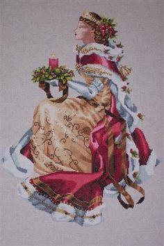 Christmas Queen, Mirabilia, via Flickr.