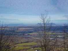 La plaine et les Montérégiennes Crédit Photo : S. Larocque