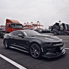 "Polubienia: 1,114, komentarze: 13 – AJ-CNC Motors (@strangeraj) na Instagramie: """" at Busan ⚓️ @peachesandsons http://m.peachesandsons.com/ #camaro #camaross #camaro6 #camarozl1…"""