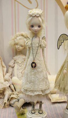 Текстильные куклы и всякая всячина.: Искусство куклы 2014. Фотоотчет. Часть вторая.