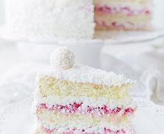 TORT Z KREMEM CZEKOLADOWYM I WIŚNIAMI - przepisy z myTaste Ferrero Rocher, Macarons, Vanilla Cake, Nutella, Vanilla Sponge Cake, Macaroons
