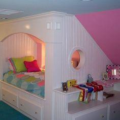 Attic Bedroom Design Girls bed