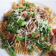 The intense flavor of broccoli rabe combines with the savory taste of hot Italian sausage and tomatoes for a quick but heart sauce served over whole wheat rotini.