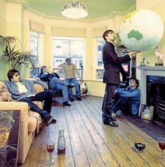Oasis - Definitely Maybe Noel Gallagher, Damon Albarn, Banda Oasis, Lps, Oasis Music, Oasis Band, Definitely Maybe, Liam And Noel, Look Back In Anger
