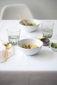 Sopa de alcachofa de Jerusalén con queso emmental.  Food and Cook