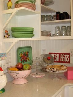 Retro kitchens are the best!