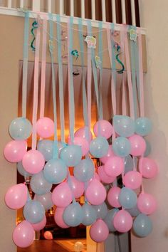 Fun Party/Baby Shower Idea - hang balloons to match party theme with coordinating crepe paper or ribbon streamers! Gender Reveal Party Ideas Fun decorating idea for a baby shower!- This would be cute for any party or shower. Just have to keep it high enou Shower Party, Baby Shower Parties, Shower Gifts, Baby Showers, Diy Shower, Baby Shower Games, Baby Boy Shower, Baby Shower Ideas On A Budget, Cute Baby Shower Ideas