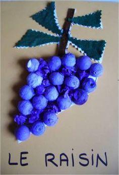 la grappe de raisin en boule de cotillon
