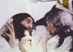 Picture of John Lennon & Yoko Ono