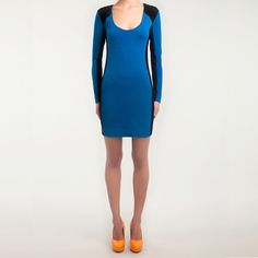 raglan sleeves make the blocking possible/easy here... -rt $118 retail