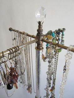 French Decor 4-Arm Jewelry Stand (Revolving)