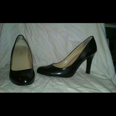 "LAUREN RALPH LAUREN Pumps Zamora Black Size 7 1/2 Very good clean condition. Genuine leather upper, aprox  3 1/2""heel. Such a classic versatile pair.  Thanks for looking any questions please ask lauren ralph lauren  Shoes Heels"