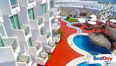 Esta encantadora propiedad de 20 habitaciones llamada Maria Coral Hotel se encuentra sobre una de las playas más hermosas del Océano Pacífico, en una isla de Mazatlán. Disfruta buenas instalaciones, piscina, restaurante, bar y por supuesto zona de playa. #OjalaEstuvierasAqui