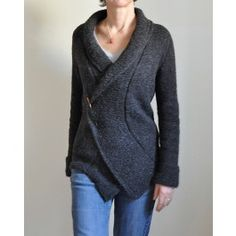 Diary is a cozy - yet elegant, easy to wear - yet stylish cardigan. It is worked top-down in one piece with slanted contiguous set-in sleeves. No sewing is needed!