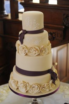 Beautiful cake at Gosfield Hall