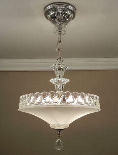 Antique Vintage American Art Deco by VintageGlassLights Lampe Art Deco, Art Deco Lamps, Art Deco Lighting, Cool Lighting, Modern Lighting, Lighting Design, Office Lighting, Lighting Ideas, Vintage Light Fixtures