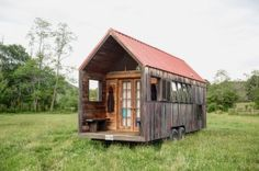 Rustic-looking Mobile Shelter for Your Great Vacation - Pocket Shelter