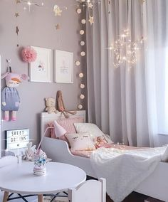 Teenage girl bedroom ideas for small rooms diy little girl bedroom best little girl rooms ideas Baby Bedroom, Girls Bedroom, Girl Nursery, Trendy Bedroom, Modern Bedroom, 4 Year Old Girl Bedroom, Room Girls, Bedroom Colors, Bedroom Decor