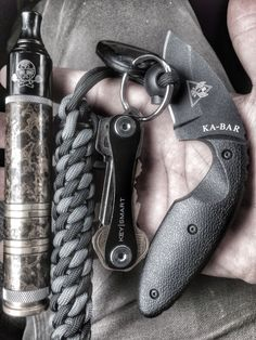 Some EDC by one of our managing partners, custom vape, kubaton made by knotty dan and keysmart key holder. Tdi kabar knife.