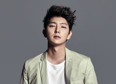 """Actor Lee Joon Gi is confirmed to play the main character in the upcoming drama """"Moon Lovers."""" The actor's agency Namoo Actors confirmed, """"He had received the love call and it was one of the projects he was looking over. There are still some details to work out."""" This i..."""