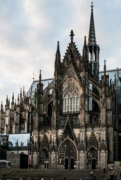 Kolner Dom. (2); Leica M8, Leica Summilux 35mm f/1.4 ASPH v1. © Jim Fisher