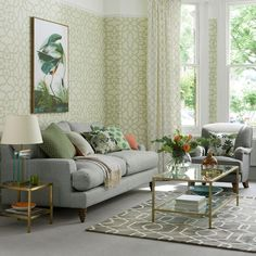 Modern living room pictures and photos for your next decorating project. Find inspiration from of beautiful living room images Living Room Green, Small Living Rooms, Living Room Modern, Living Room Sofa, Living Room Interior, Living Room Designs, Living Room Decor, Living Room Ideas With Grey Couch, Wallpaper Harry Potter