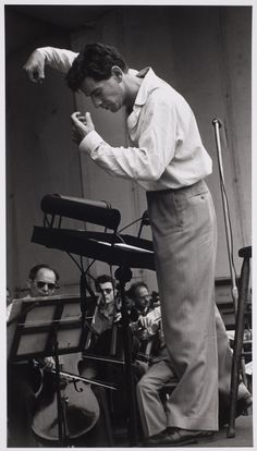 Leonard Bernstein conducting, 1950s, photo by Ruth Orkin