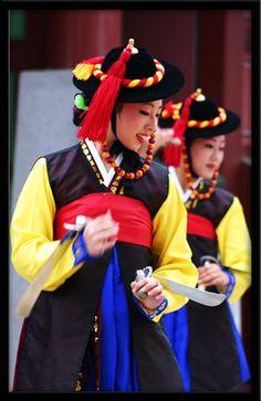 Sword dance performance in Suwon, Korea