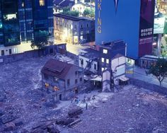 Greg Girard Neighborhood Demolition, Yuyuan Lu, 2005  竟有一種莫名的歸屬感