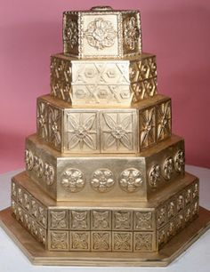 golden wedding cake...