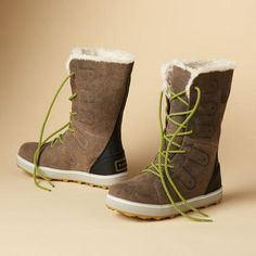 Inspired by mountain life, Sorel®'s insulated, waterproof boots add a welcome pop of color après ski or about town.
