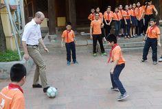 Prince William visits Hanoi for wildlife conference - VnExpress International Hanoi, Royal Families, Prince William, Duke, Conference, Vietnam, Wildlife, News, Prince Will