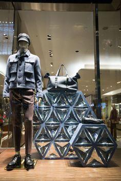 window store display visual merchandising оформление витрин, Gucci, Paris, October 2014
