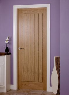 Benefits that you could derive by using the interior wood doors for your home or office. Oak Interior Doors, Oak Doors, Exterior Doors, Front Doors, Doors And Floors, Windows And Doors, Internal Wooden Doors, Internal Door Frames, Architrave
