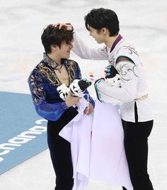 Shoma Uno of Japan performs in the men's free skate at the Grand Prix Final figure skating competition in Nagoya on Dec. ==Kyodo Get premium, high resolution news photos at Getty Images Olympic Ice Skating, Roller Skating, Skate Boy, Yuzuru Hanyu, 2018 Winter Olympic Games, Nathan Chen, Japanese Figure Skater, Pyeongchang 2018 Winter Olympics, Shoma Uno