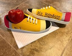 Source by ideas creative Painted Vans, Painted Canvas Shoes, Painted Sneakers, Teacher Shoes, Teacher Style, Teacher Outfits, Teacher Appreciation Gifts, Teacher Gifts, Pencil Shoes