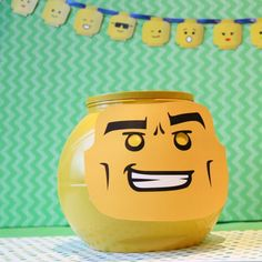 I Spy the Lego Guy! {game} via @tipjunkie