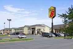 Exterior of Super 8 Oklahoma Airport Fairgrounds West hotel in Oklahoma City, Oklahoma