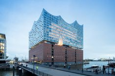Elbphilharmonie Hamburg: An Unreal Glacial Edifice of Frozen Music by Herzog & de Meuron | Archute